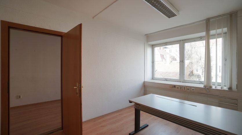 1. Emelet Iroda1
