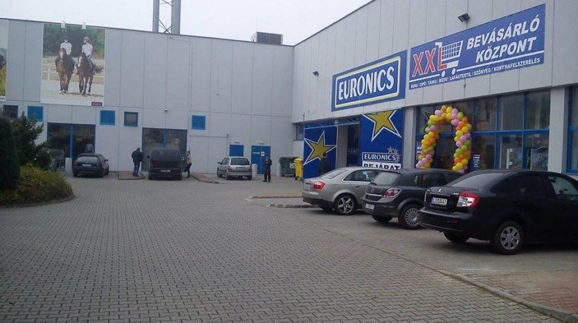 Cedrus Uzlethaz Kereskedelem Nyiregyhaza Foto008
