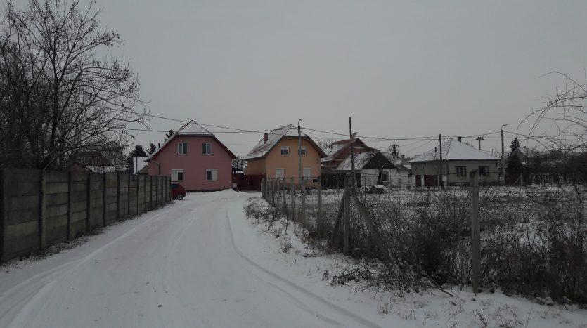 Eladó telek Szegeden