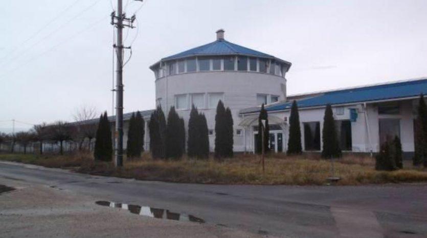 Abony épület