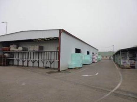Kecskemét Tüzép Csemperaktár épület